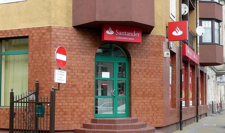 1280px-Santander_Consumer_Bank_Bydgoszcz